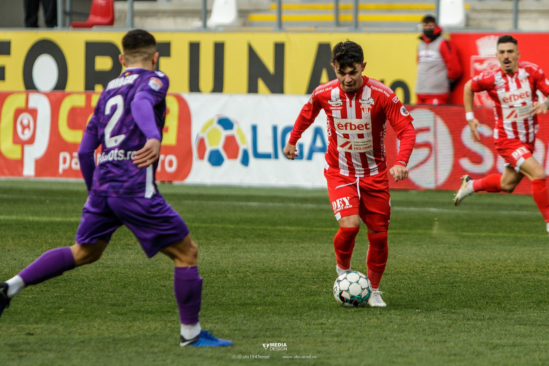 Imagine FOTO / LIGA 1 / UTA - FC Argeș
